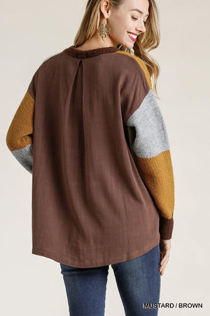 Colorblock Contrasted Cotton Fabric On Back Top With Side Slits And High Low Hem Knitted Belle Boutique