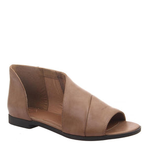 MADELINE - REVEAL in BROWNSTONE Flat Sandals WOMEN FOOTWEAR MADELINE