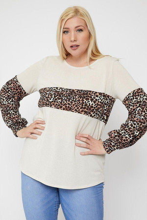 Round Neckline Contrast Print Top Knitted Belle Boutique