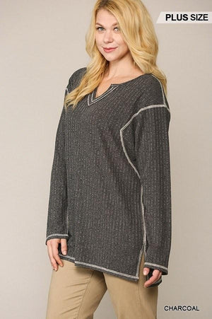 Two-tone Ribbed Tunic Top With Side Slits Knitted Belle Boutique