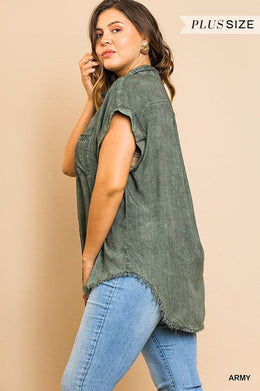 Washed Button Up Short Sleeve Top With Frayed Hemline Knitted Belle Boutique