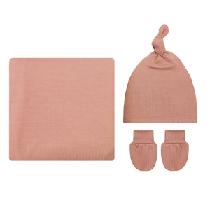 Blakely Essential Newborn Bundle (Hat)