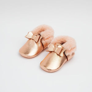 Shearling Bow Moccasin Mini Sole - Rose Gold