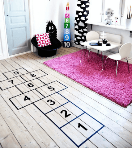 Brit + Co hop scotch