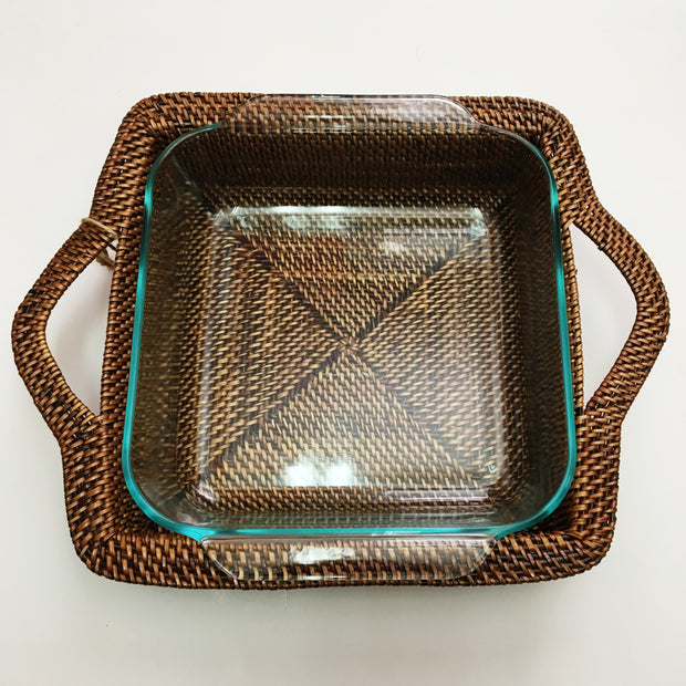 Square Rattan Holder/Pyrex 8""