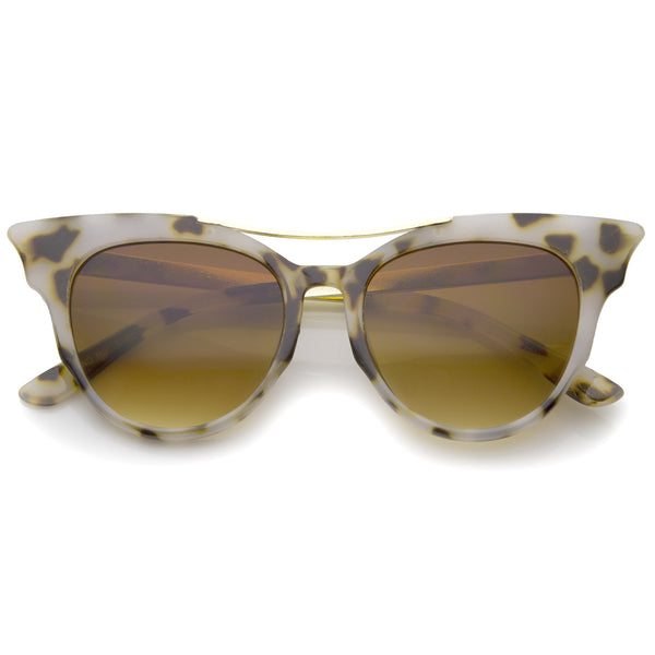 Women's Fashion Metal Temple Crossbar Bold Cat Eye Sunglasses 51mm - sunglass.la - 1