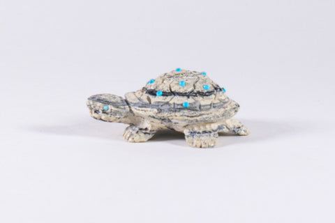 Serpentine Zuni Turtle Fetish by Randy Lucio - Turquoise Village - 1