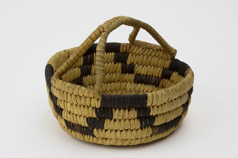 Tohono O'Odham Tribe Small Coiled Vessel Basket With Handle - Turquoise Village - 1