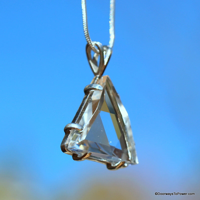 Satyaloka Star of David Vogel Crystal Pendant