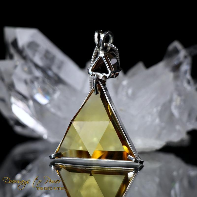 Siberian Gold Star of David Vogel Crystal Pendant