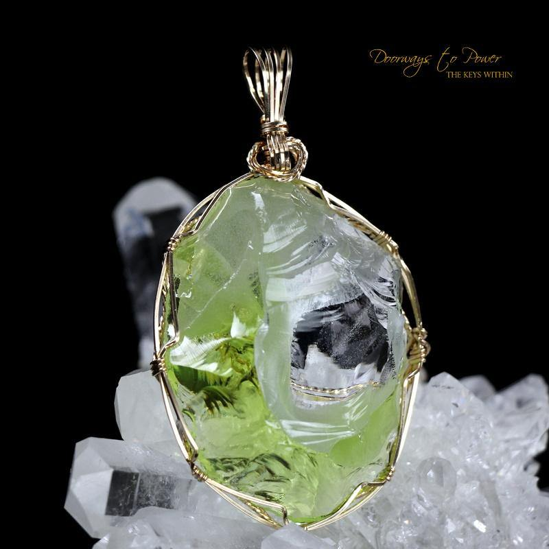 Radium Green Cosmic Ice Oracle Eye Bi Color Andara Pendant
