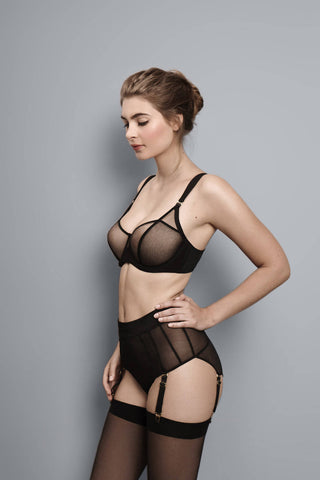 Fran - Black - Short with Suspender