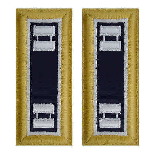 Army Shoulder Strap: Captain Judge Advocate - female