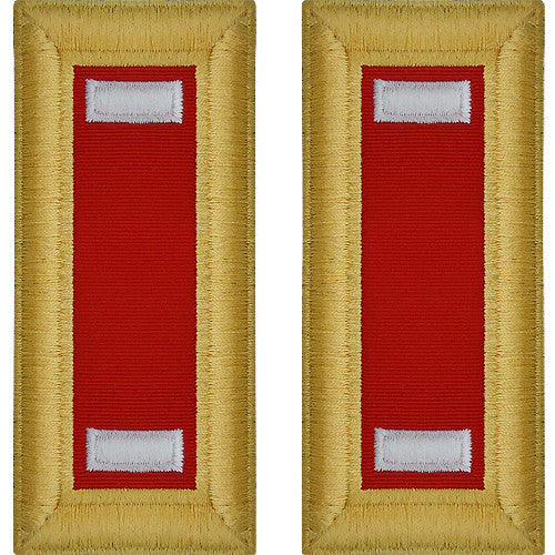 Army Shoulder Strap: First Lieutenant Artillery