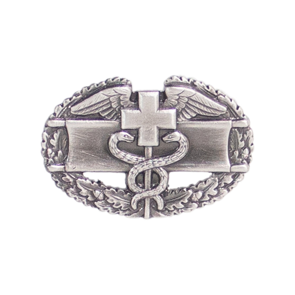 Army Dress Badge: Combat Medical First Award - miniature, silver oxidized