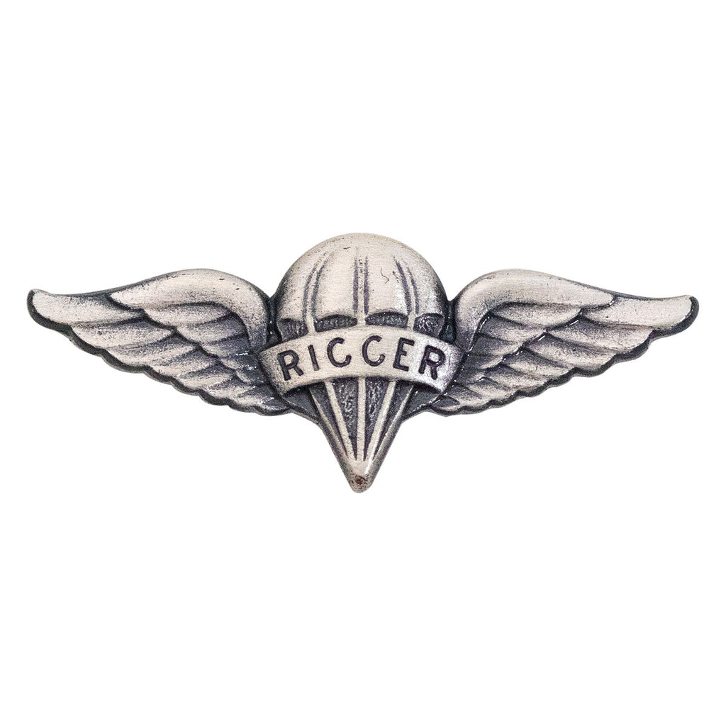 Army Dress Badge: Parachute Rigger - miniature, silver oxidized
