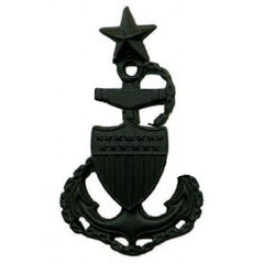 Coast Guard Cap Device: E8 Chief Petty Officer - miniature black metal