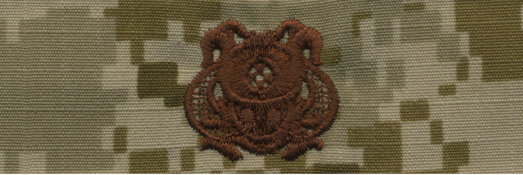 Navy Embroidered Badge: Diver 1st Class - Desert Digital