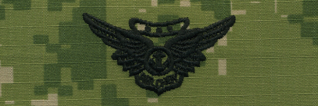 Navy Embroidered Badge: Combat Aircrew - Woodland Digital