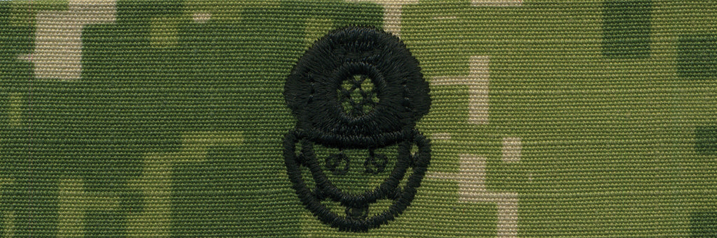 Navy Embroidered Badge: Diver 2nd Class - Woodland Digital