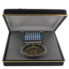 Medal Presentation Set: United Nation Service