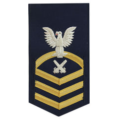 Coast Guard E7 Male Rating Badge: Gunners Mate - blue