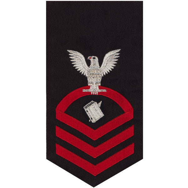 Navy E7 Rating Badge: Personnelman - seaworthy red on blue