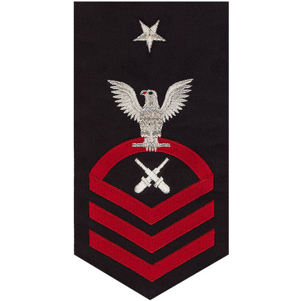 Navy E8 Rating Badge: Gunner's Mate - seaworthy red on blue
