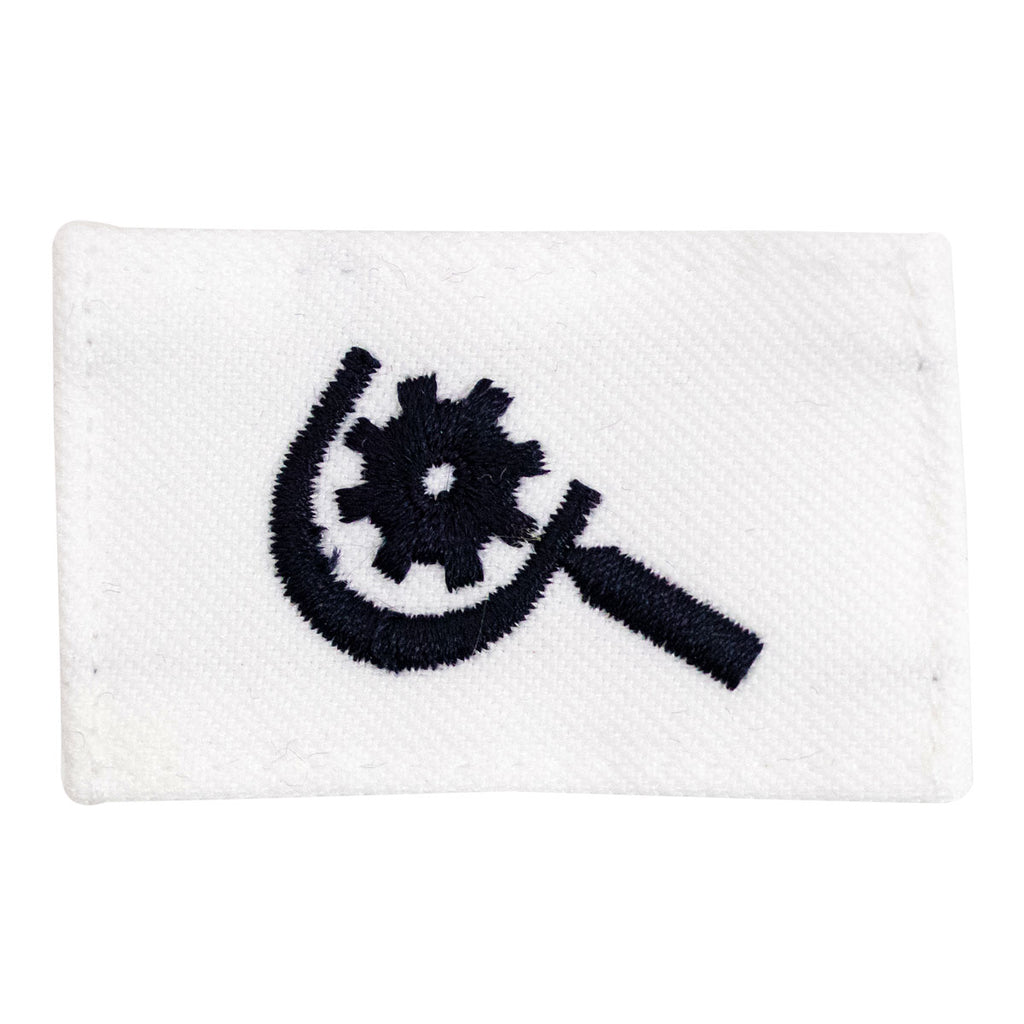 Navy Rating Badge: Striker Mark for MR Machinery Repairmen - white CNT for dress uniforms