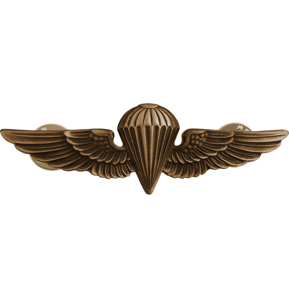Badge: Parachutist - regulation, oxidized
