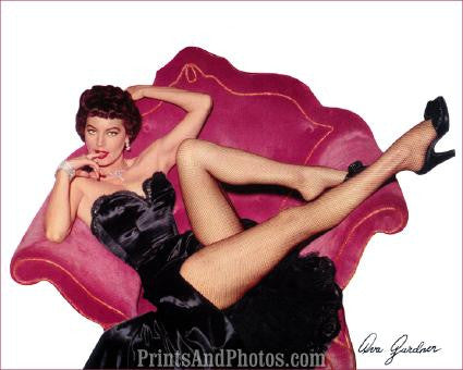 AVA GARDNER Beautiful 50s Pinup Pose 0279