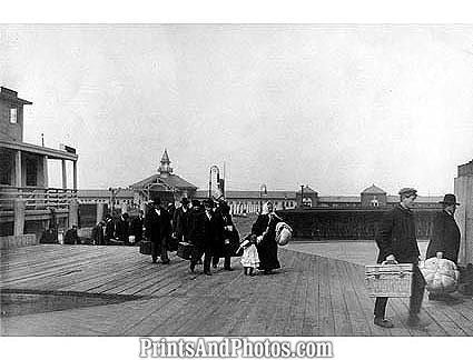 ELLIS ISLAND 1905 IMMIGRANT  0901