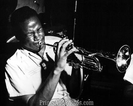 Jazz Great CLIFFORD BROWN  0933