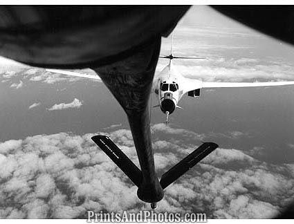 AIR FORCE B1 Bomber Refueling  0977