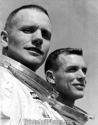 Astronauts ARMSTRONG & SCOTT  1029