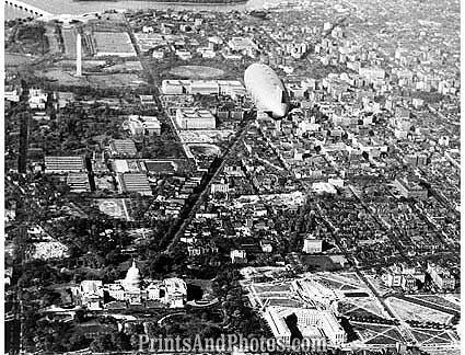 AKRON World Largest Zeppelin  1068