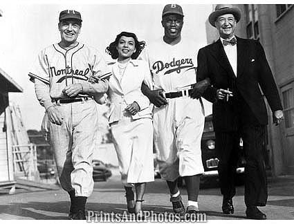 Dodgers THE JACKIE ROBINSON Story  1094