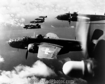 WWI Air Force Aerial  B-25s Flying 1202