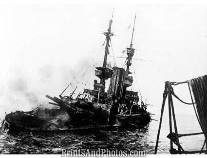 WW I Battleship Irresistible Sinks  1247