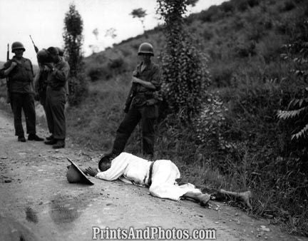 KOREAN WAR North Korean Soldier Killed 1784