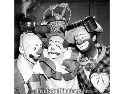 Ringling Bros Clowns  18040