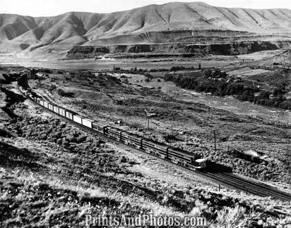 Aerial  Freight Train CA to OR 18910
