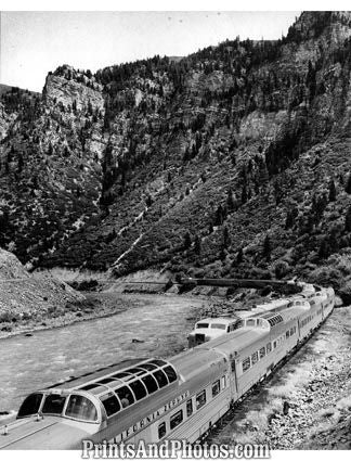 CA Zephyr Train Colorado 1950  19100