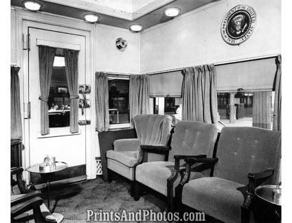 19390 TRUMAN Campaign Train 1948 - Prints and Photos