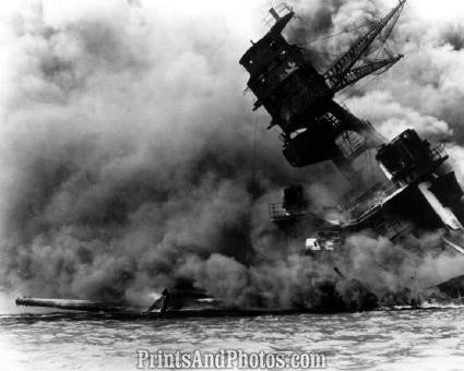 WWII  Pearl Harbor Ship Hit 2037