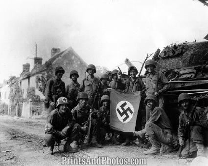 WWII  US Capture Nazi Flag 2043