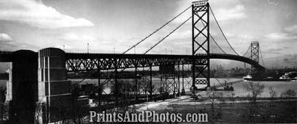 Ambassador Bridge US & Canada 2747