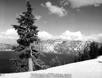 CRATER LAKE Oregon  3051