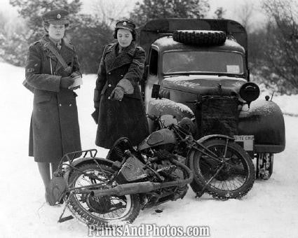 ATS Military Police Women 1942  3432