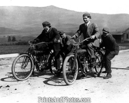 EARLY MOTORCYCLE RIDERS  3694